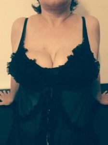 DOAMNA, matura, educata, 40 ani