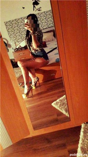 Transexuala Claudia bruneta Sexy pt domnii pofticiosi!