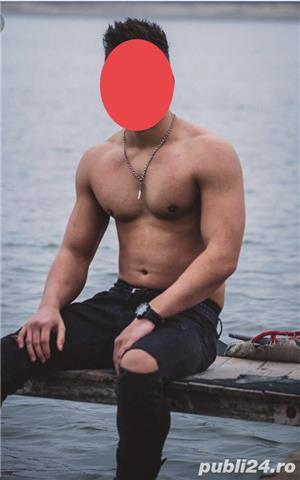 Escorte Bucuresti Sex: Barbat 25 ani bine prezentabil escort masaj