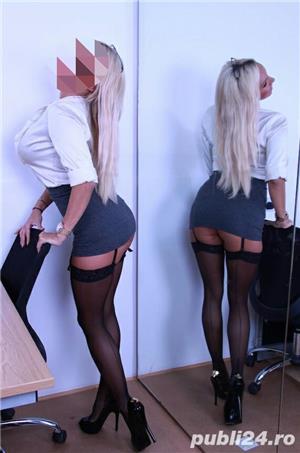 Escorte Bucuresti Sex: BLONDA DEOSEBITA -30 ani … garantez ptr fotografii …ptr domnii maturi