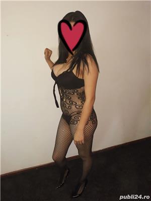 Escorte Bucuresti Sex: CAUT COLEGA Buna sunt amy am 25 ani