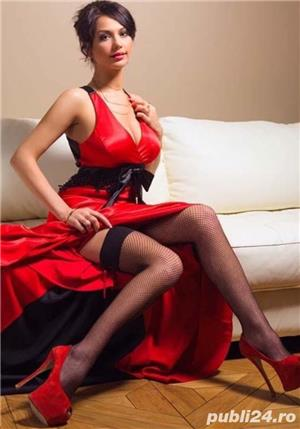 Escorte Bucuresti Sex: lady in red