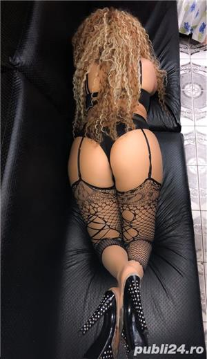 Escorte Bucuresti Sex: new blonda siliconata la tine sau la hotel