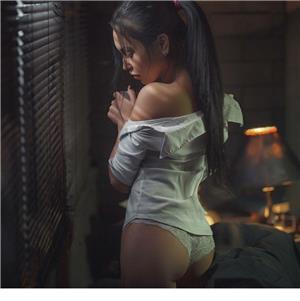 Escorte Bucuresti Sex: Rebeca Poze Profesionale