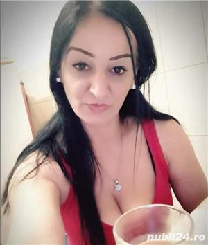 Escorte Bucuresti Sex: Matura bruneta simpatica Servicii totale rezidence