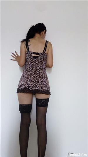 Escorte Bucuresti Sex: 80 de bruneta slim