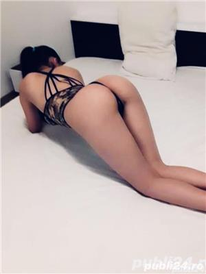Escorte Bucuresti Sex: Bruneta xxx miniona si stramta
